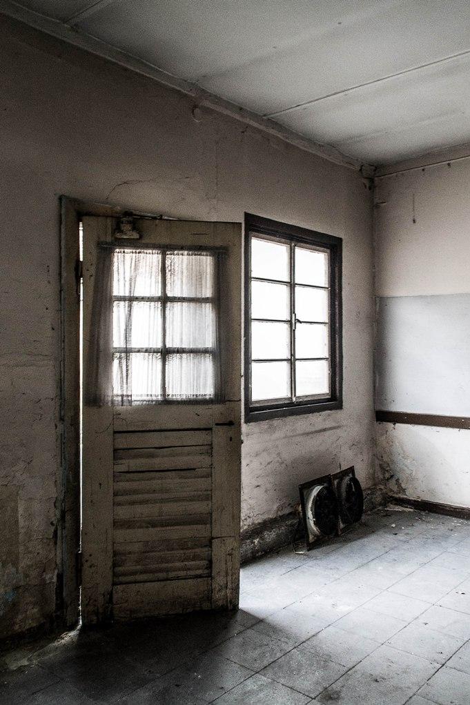 180 Ein Raum im Hinterhof